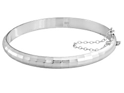 DOCS592<br>Sterling Silver Hammered 7 Inch Bangle Bracelet